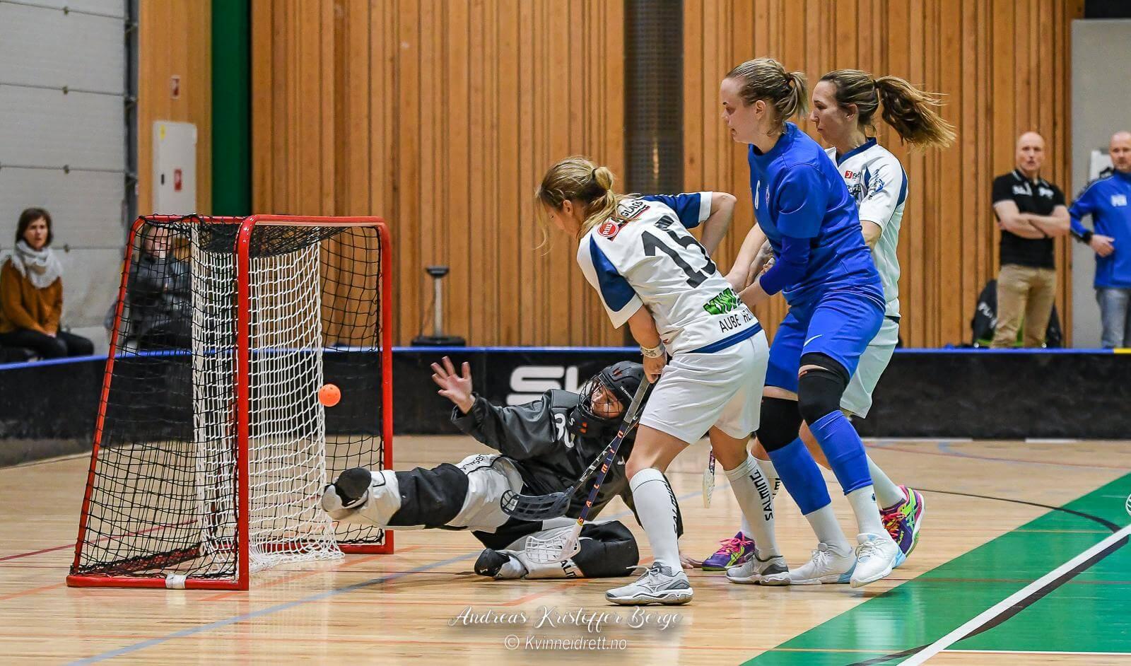 Alice Clausen og Sarpsborg ga Grei kamp om poengene i dag. Foto: Andreas Kristoffer Berge