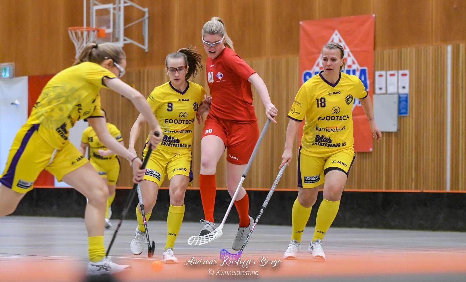 Det er fortsatt håp om å kunne fullføre sesongen i eliteserien for kvinner med en trippelserie. Foto: Andreas Kristoffer Berge
