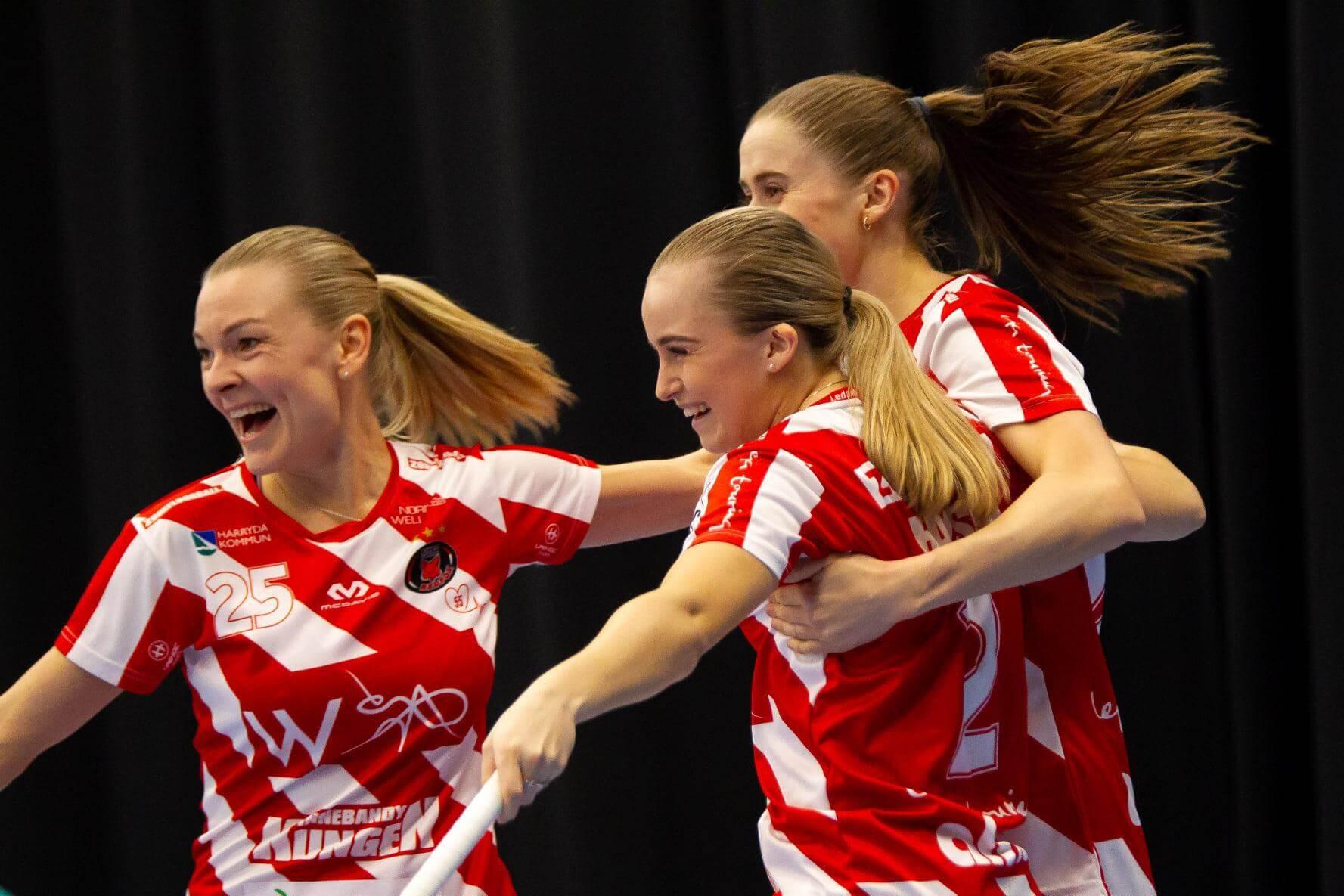Det ble lite spilletid på Rikke Ingebrigtsli Hansen i dagens oppgjør. Det gjør nok ikke så mye for den norske vingen som er klar for sin første SM-finale. Foto: A. Kårhag