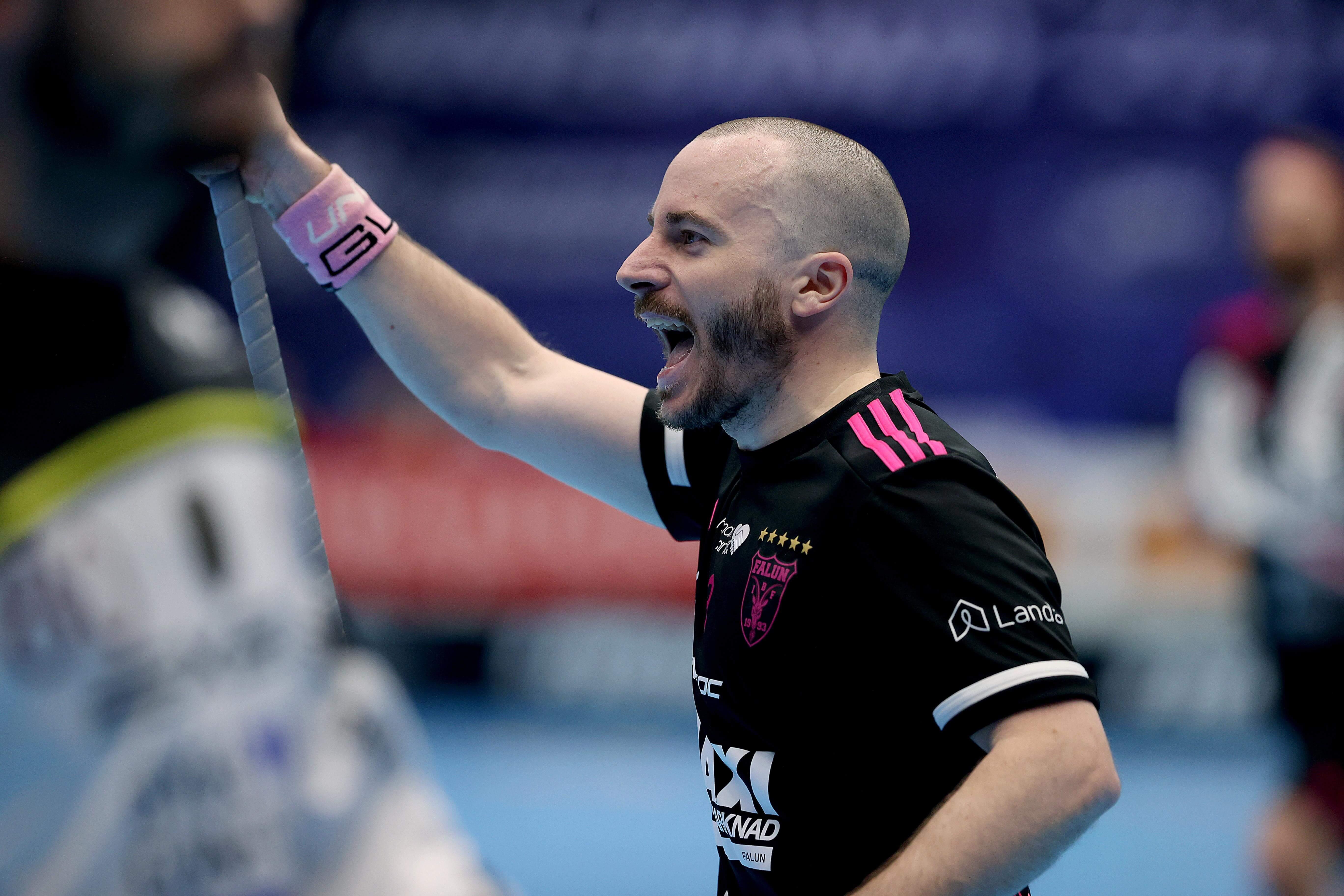 Alexander Galante Carlström er en mann for de store anledninger og viste det i dagens SM-finale. Foto: Svensk Innebandy