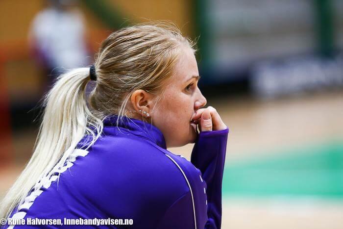 Charlotta Hjorth måtte følge en god del kamper for Tunet fra sidelinjen etter en stygg kneskade. Foto: Rune Halvorsen