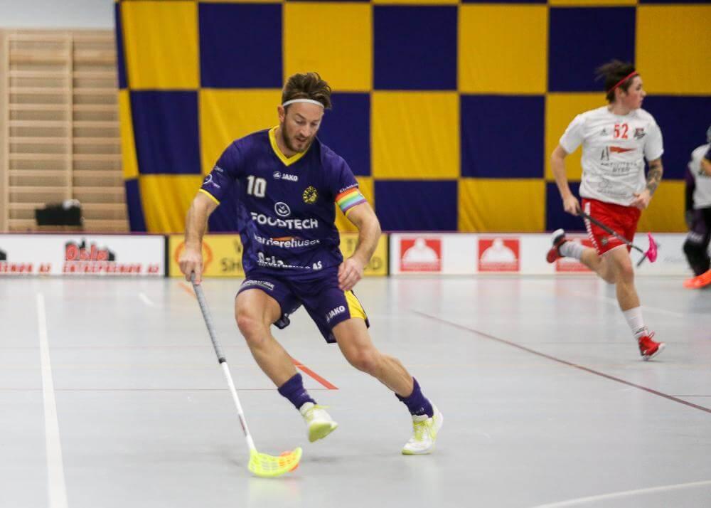 Bilder fra Ole Mossin Olesens kamper i eliteserien for menn 20/21.