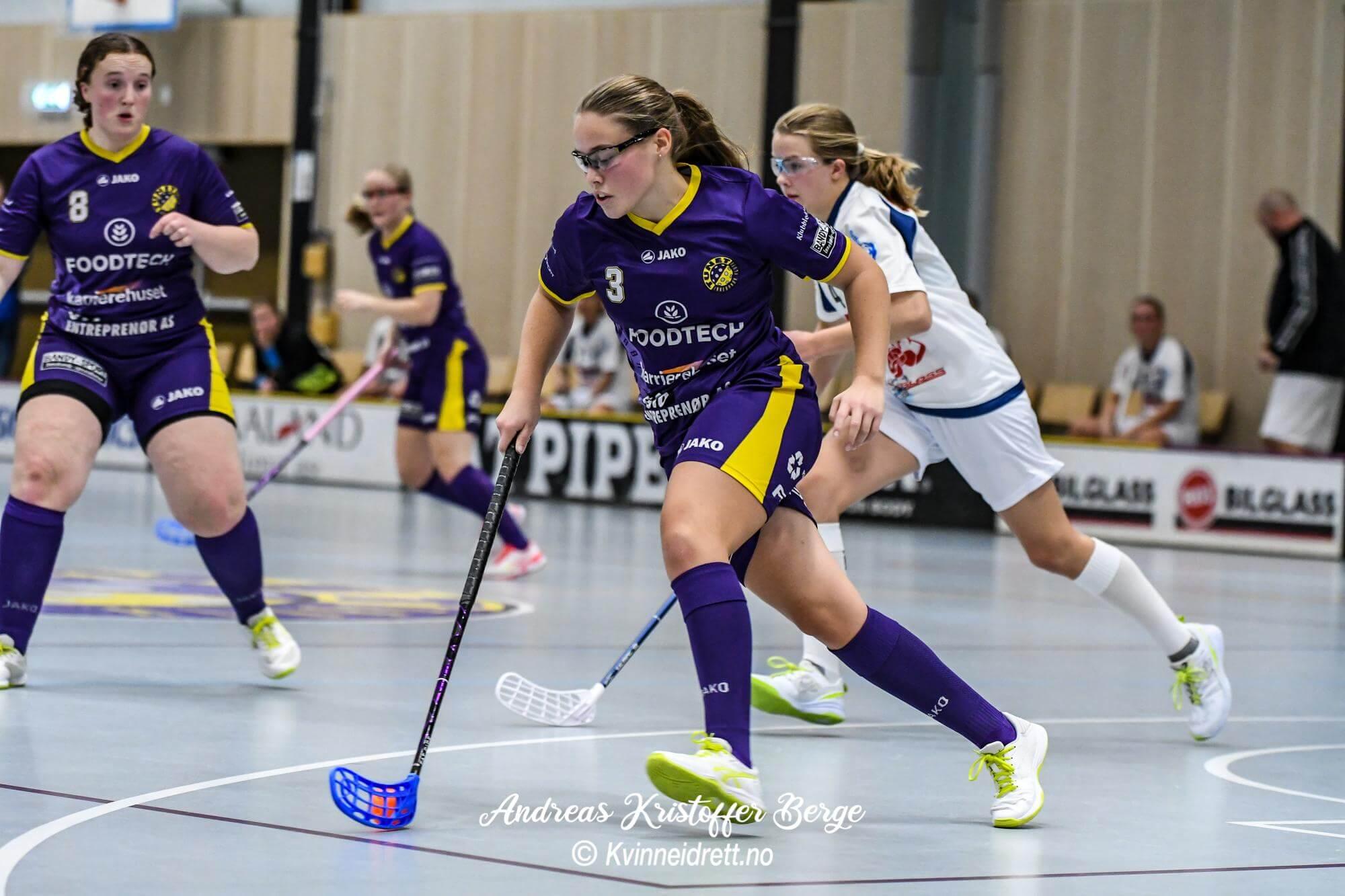 Emilie Sundnes spilte for aller første gang mot moderklubben torsdagkveld, og sarpingen var nest sist på tre av Tunets scoringer.