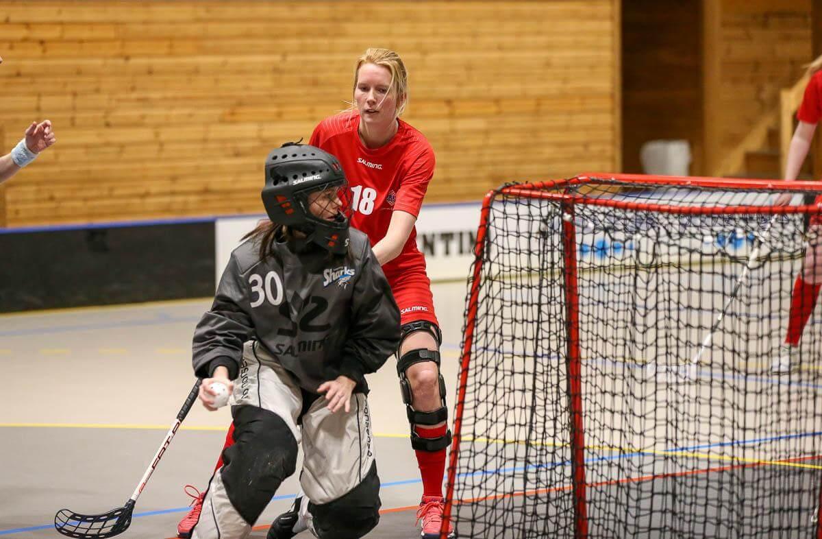 Henriette Knudsen var tilbake på innebandybanen for første gang siden 2018, da hun i formiddag spilte oppgjøret mot Sarpsborg.