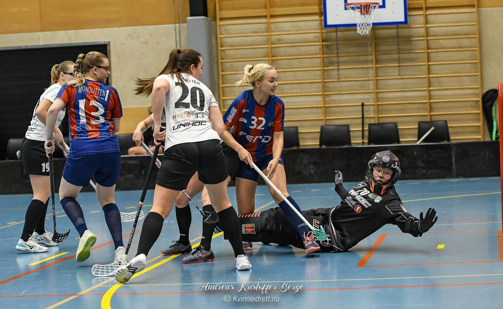 Bilder fra Monolittens kamp i eliteserien for kvinner mot Gjelleråsen 9. desember 2020.